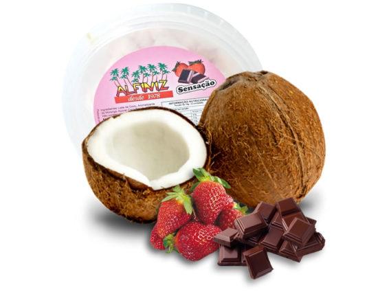 bala-de-coco-sensacao-com-morango-e-chocolate-alfiniz